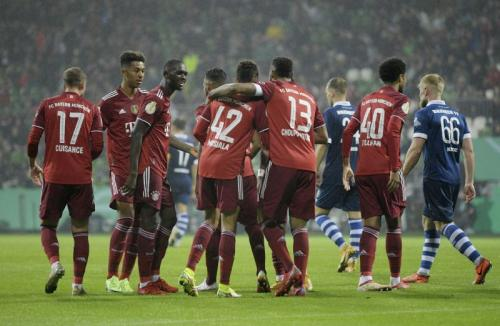 Bayern Munich menang 12-0 atas Bremer SV dan lolos ke babak kedua DFB Pokal 2021-2022. (Foto: REUTERS/Fabian Bimmer)