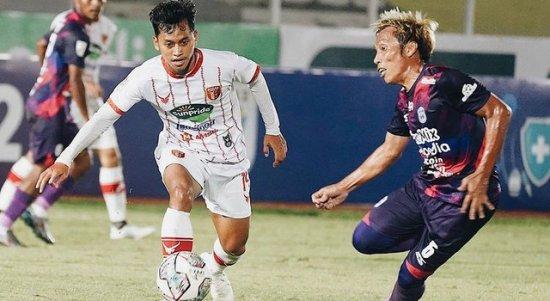 Badak Lampung FC vs Rans Cilegon FC, pada Selasa (19/10/2021). Skor berakhir 0-1 untuk keungulan Rans Cilegon FC. Foto: @badaklampungfc